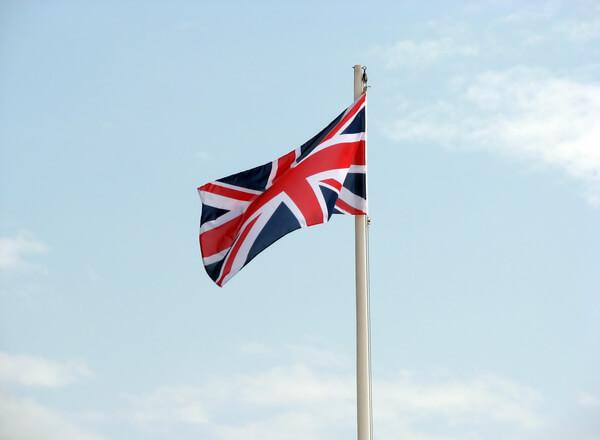 Czy Wielka Brytania jest gotowa na mniejszy napływ imigrantów?