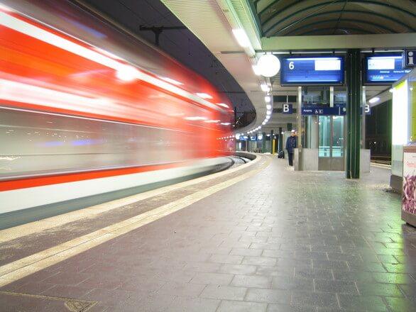 Praca w Niemczech – co trzeba wiedzieć, aby zaoszczędzić?