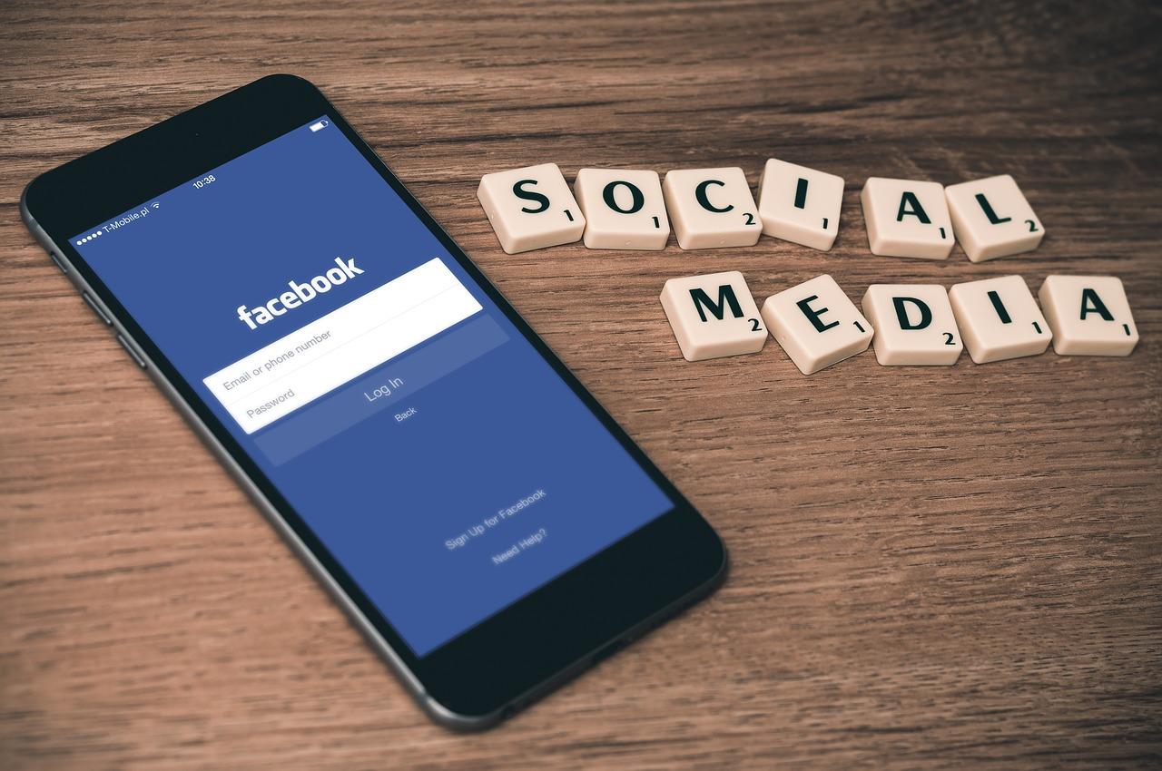 Polub naszą stronę ZwrotPodatkow.pl na naszym Facebook'u i bądź z ważnymi informacjami podatkowymi na bieżąco!